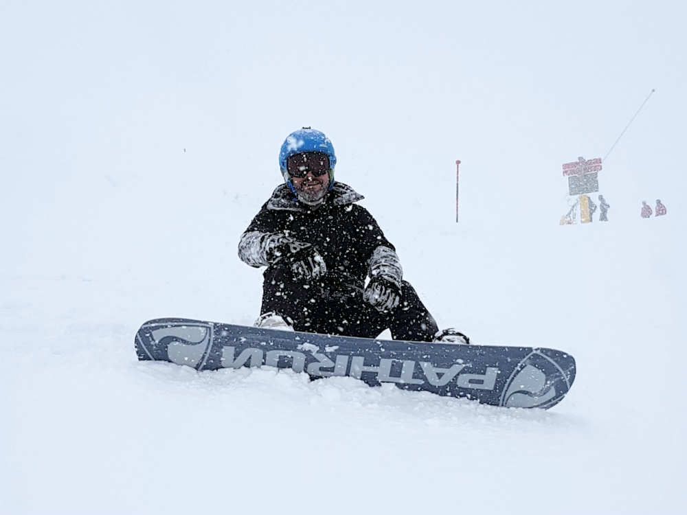 Review of Ischgl snowboarding in December Day 2 snowing