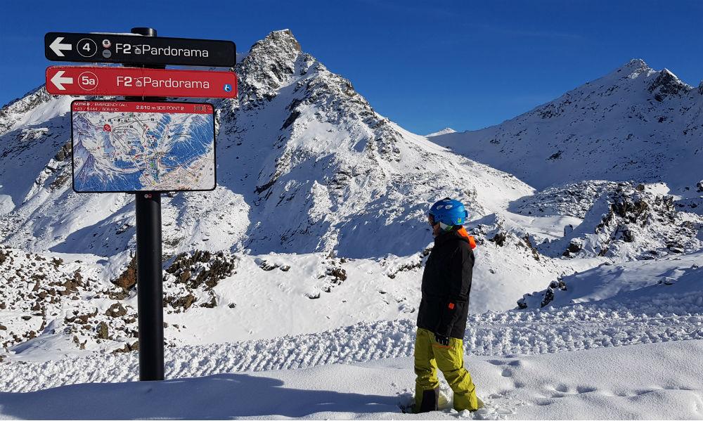 Review of Ischgl snowboarding in December top of Pardatschgrat gondola