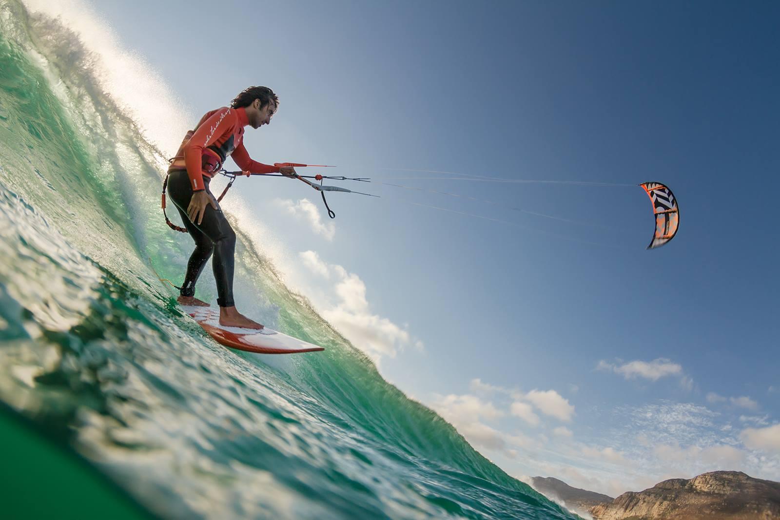 10 percent off Portugal kitesurfing holiday in Costa de Caparica image courtesy of Meira Pro Centre
