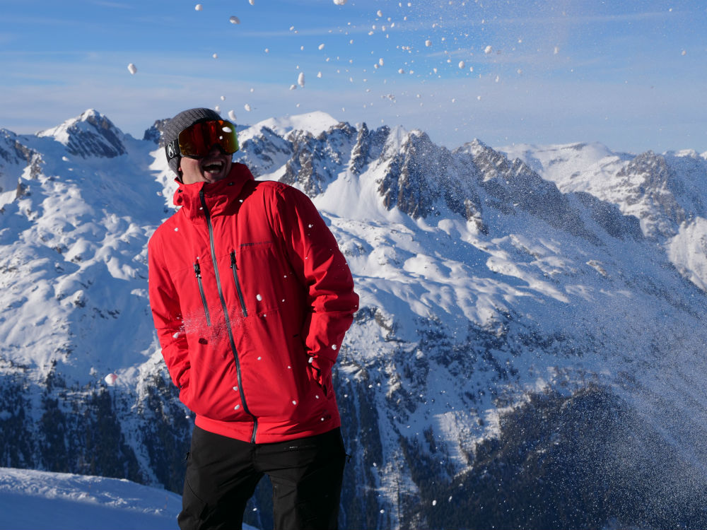 Review of the Protest Clavin 18 Low cost high quality ski jacket by Jamie Barrow