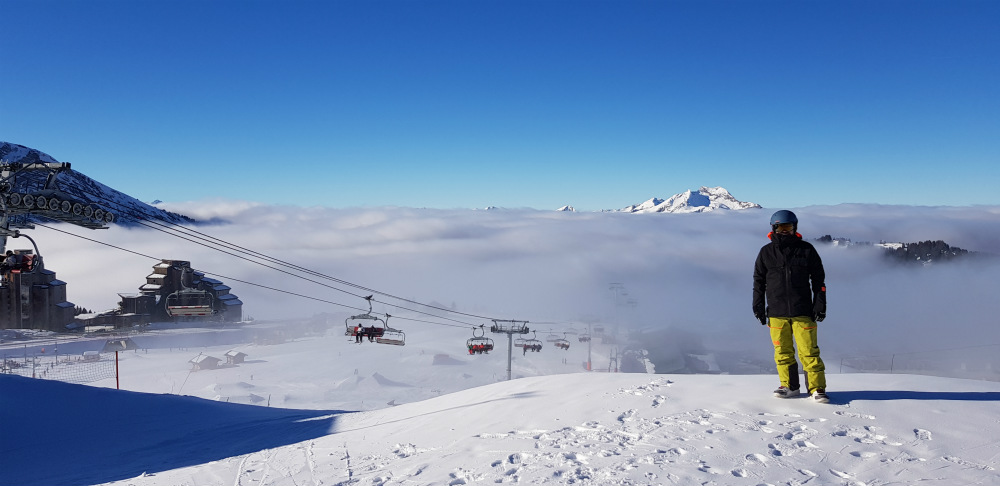 Review of Les Gets snowboarding in Portes Du Soleil above avoriaz
