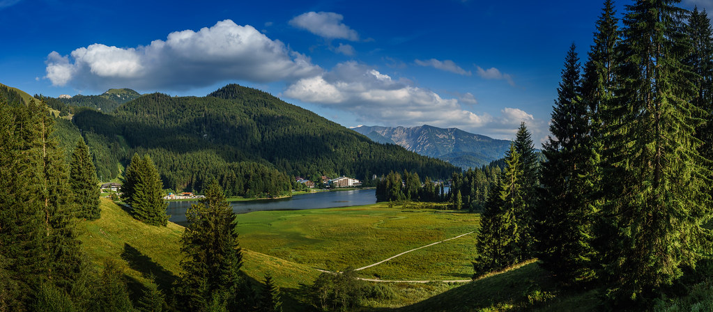 guide to Germany trekking holidays Flickr CC image near Lake Spitzingsee Bavaria by andmang