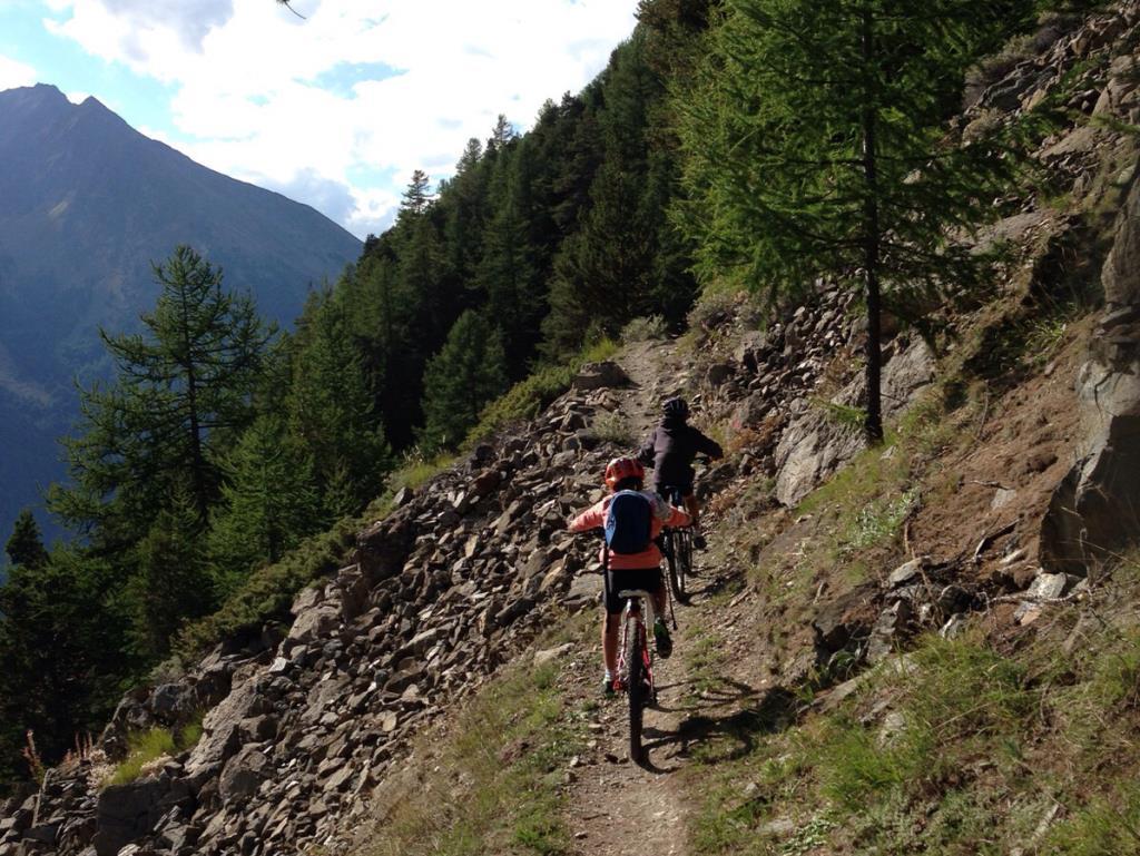 Mountain biking Aosta Valley at Cogne to Epinel Copyright VALLE D'AOSTA-MTB