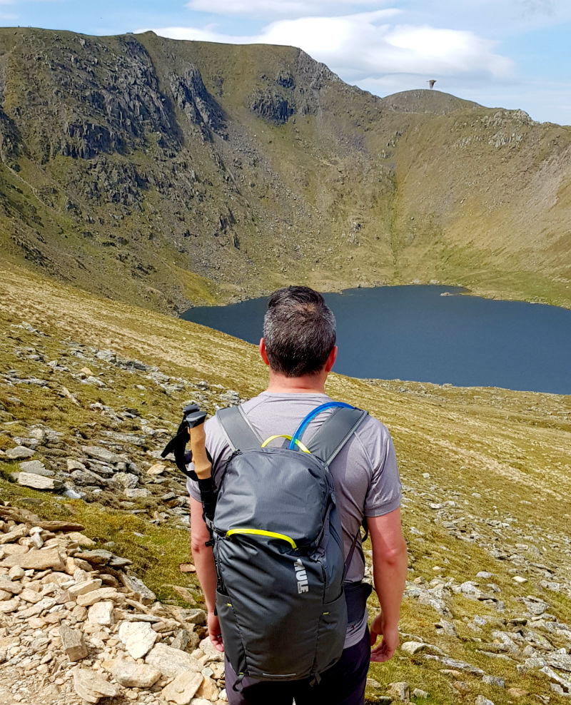 Review of Thule Stir 28L Versatile lightweight backpack towards helvellyn