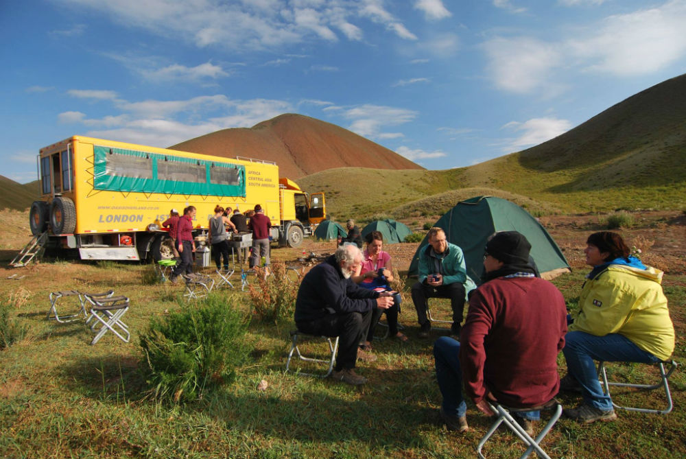 Dining Al Fresco on Oasis Overland tour