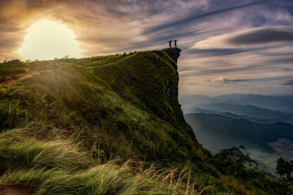 top 8 adventures in Thailand  pixabay royalty free image of hiking in Chiang Rai thailand
