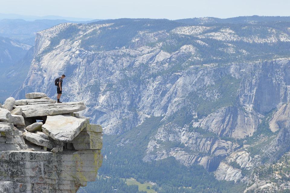 Eco friendly adventure tips pixabay royalty free image of trekking in Yosemite USA