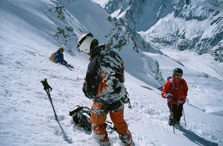 chamonix - top ski resorts for snowboarding in europe - Chamonix 2001 - Tää oli ihan huippu päivä by timmarec is licensed under CC BY-NC-SA 2