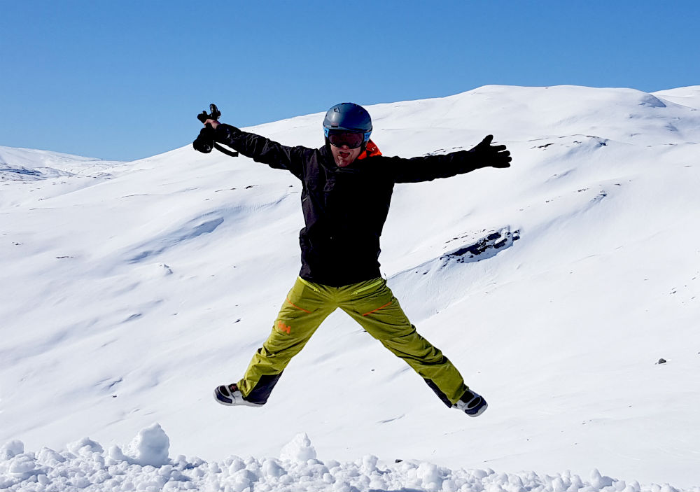 Fun during review of Myrkdalen snowboarding holiday in Norway