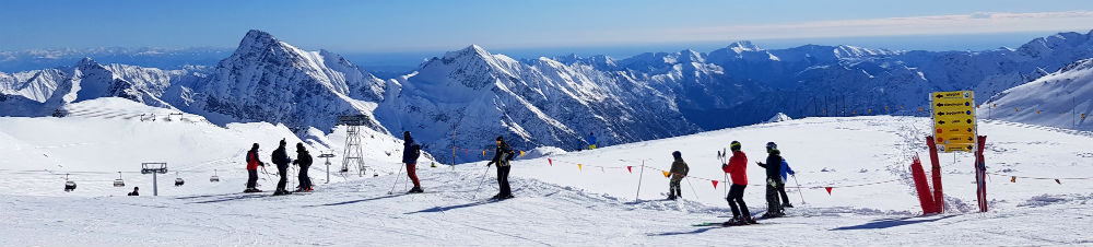 Review of snowboarding holiday in Monte Rosa at CampZero