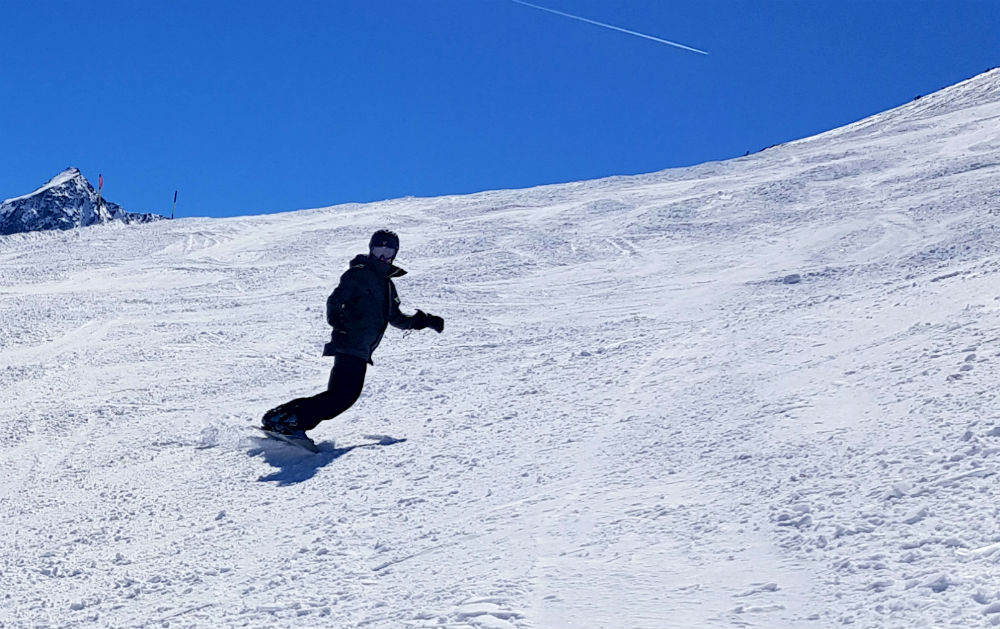 Fun Austrian snowboarding in solden