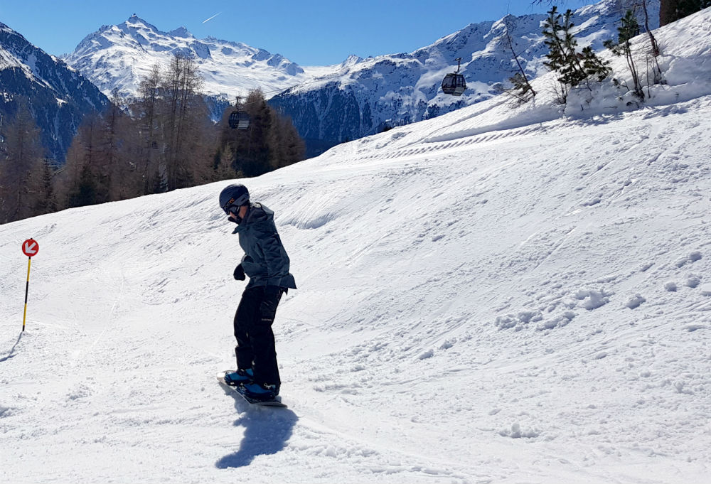 Review of Solden snowboard holiday in Otztal Fun Austrian snowboarding