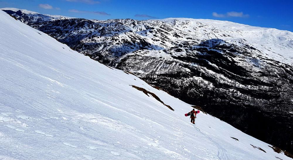 Snowshoeing during Vatnahalsen snowboard holiday in Norway