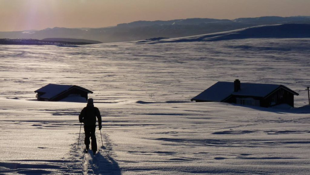 hytte cross country skiing in Norway by Undiscovered Mountains