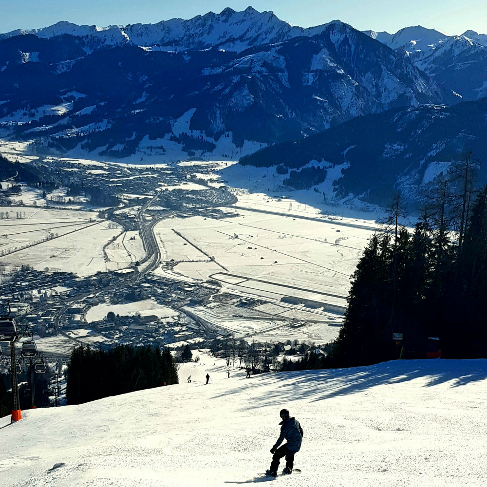 Review of Flexiski snowboarding holiday in Zell am See Austria