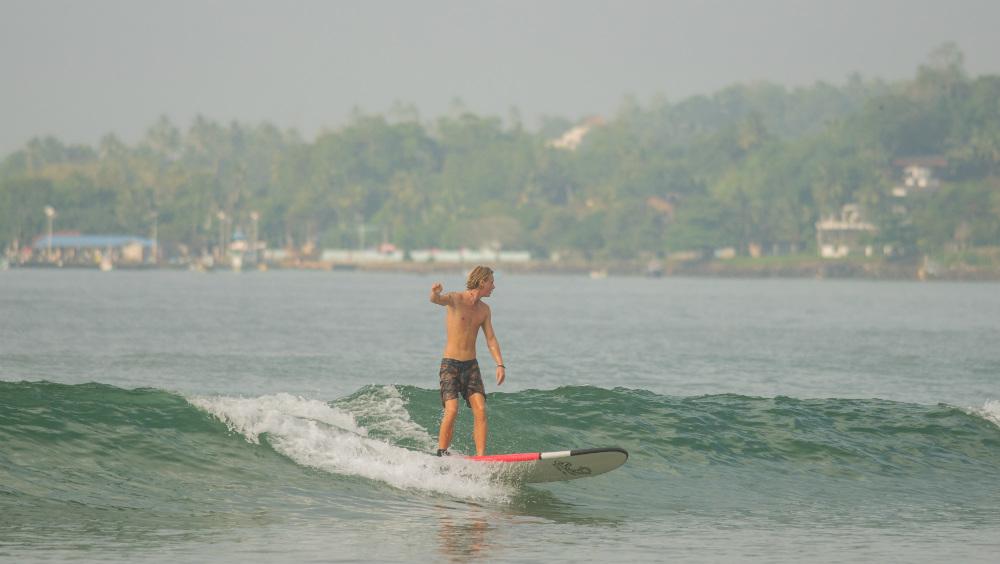 Solid Surf House Sri Lanka surf camp