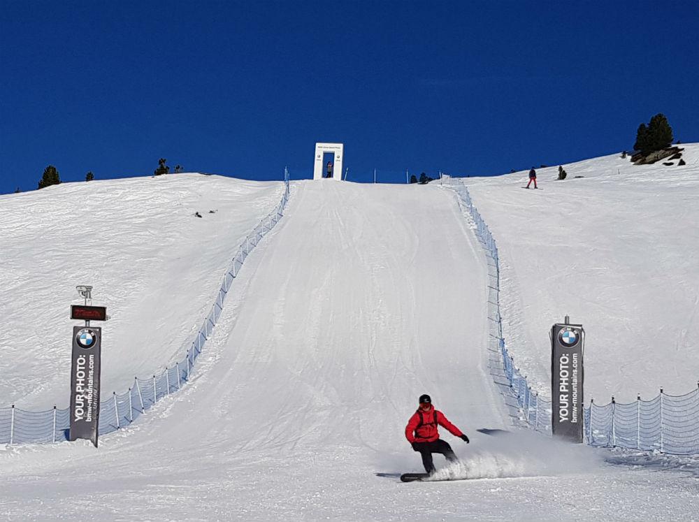 Speed test in Zell am Zimmer Snowboarding in Zillertal Valley