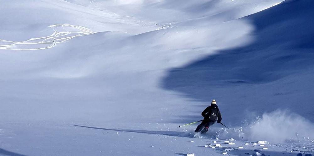 Day 1 amazing heli snowboarding in Turkey
