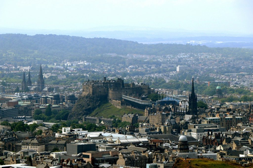 Edinburgh one of the 9 best travel photography cities Royalty free image Pixabay