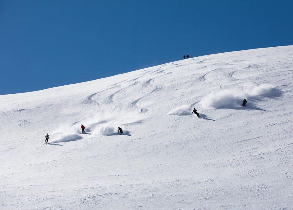Review of Turkey Heliski in Ayder Amazing heli snowboarding in Turkey day 1 photo courtesy of Turkey Heliski