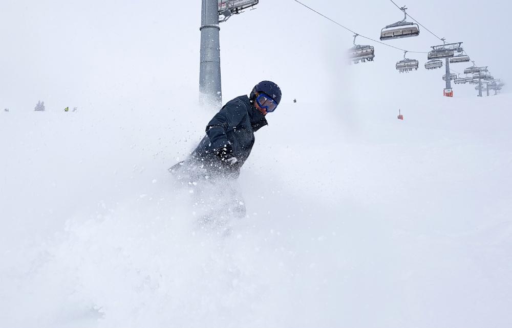 Snowboarding in Saalbach hinterglemm