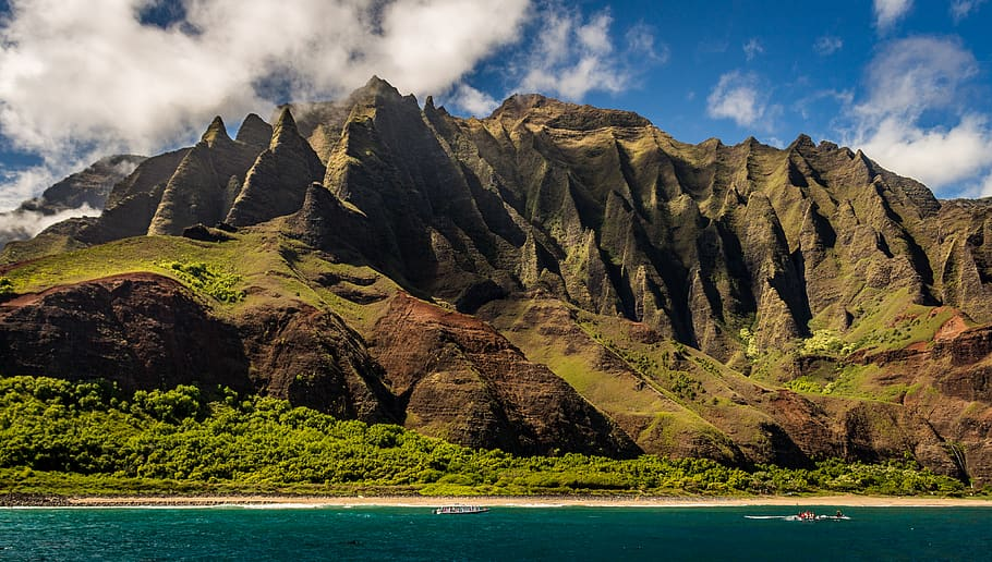 best historical hiking holidays and cultural trekking breaks Hawaii Kapaa na pali coast state park Piqsels royalty free image