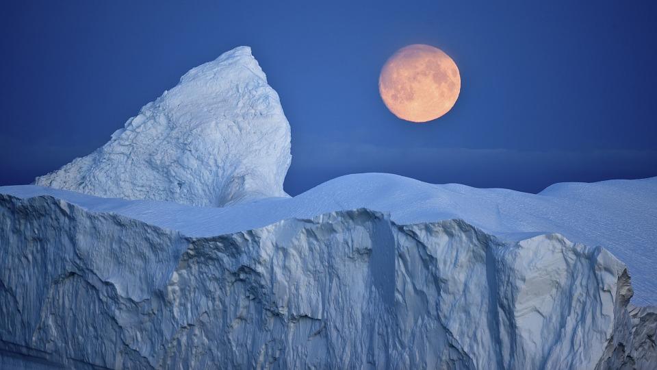 iceberg in Antarctica pixabay royalty free image