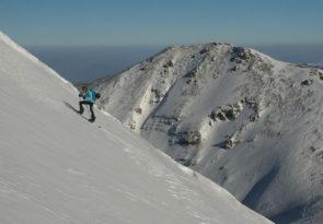 Macedonian splitboarding trip: Macedonia freeride snowboarding