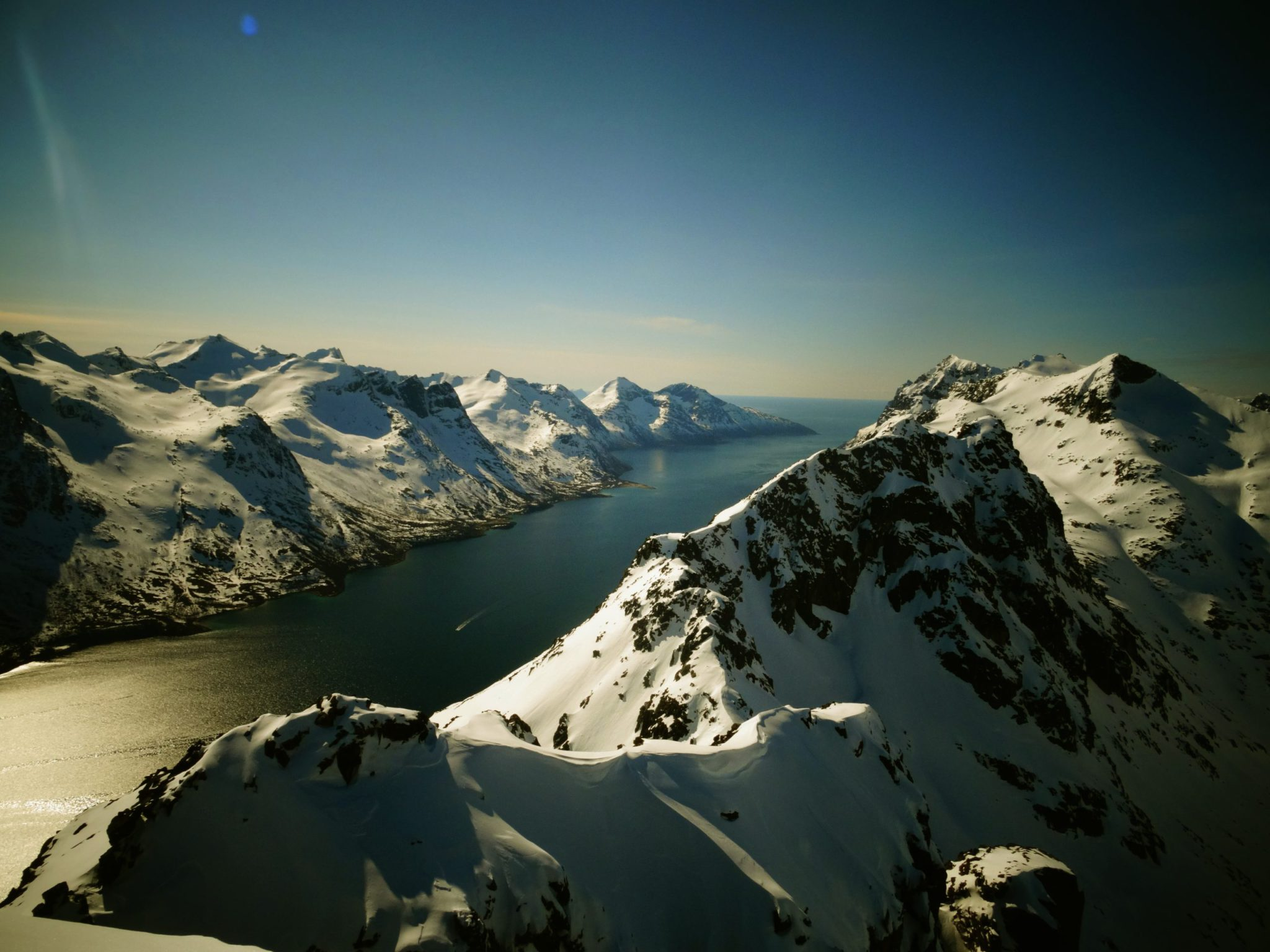 Norwegian backcountry trip: 12 day ski touring holiday in Norway