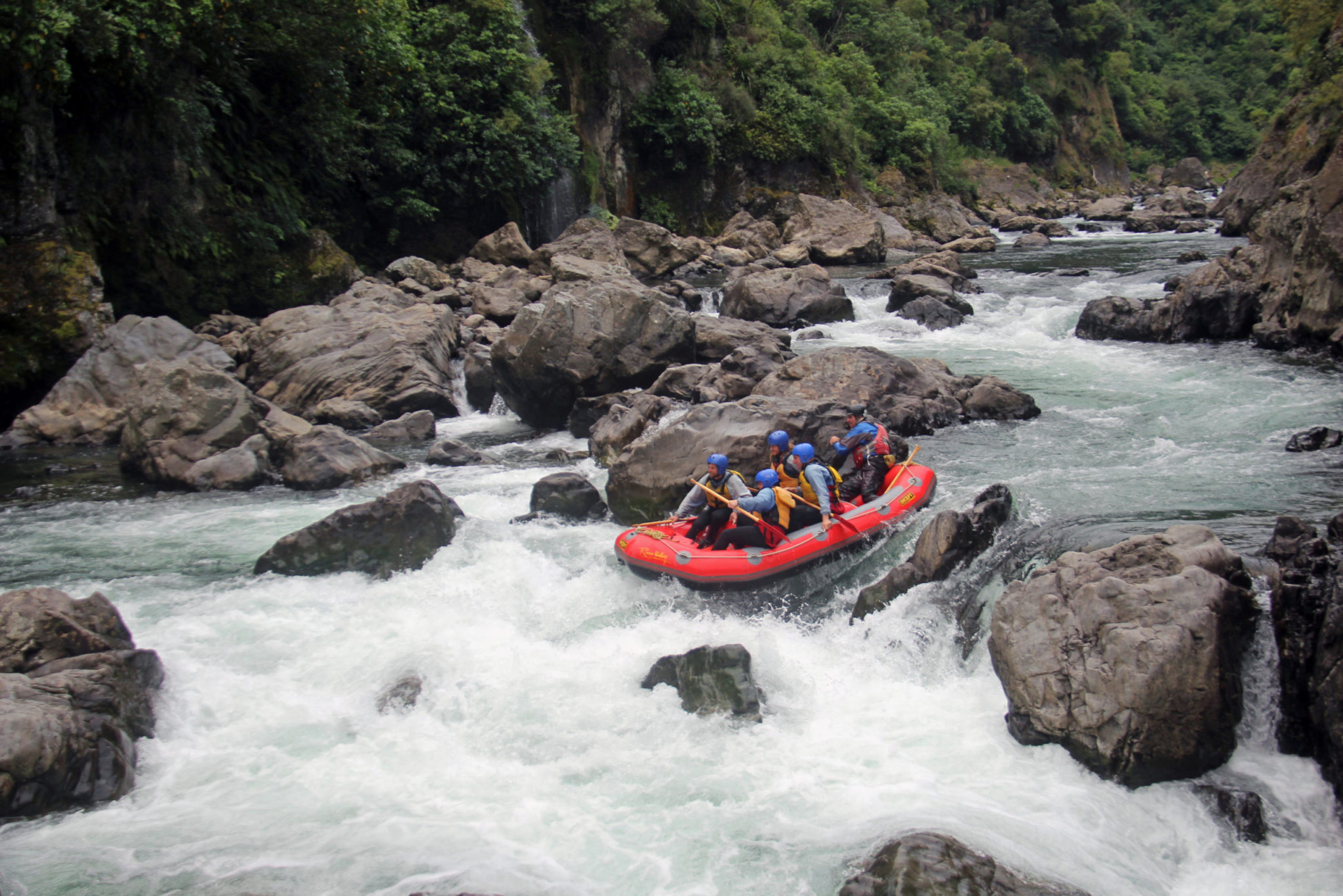 Grade 5 Rangitikei White Water Rafting Trip in New Zealand