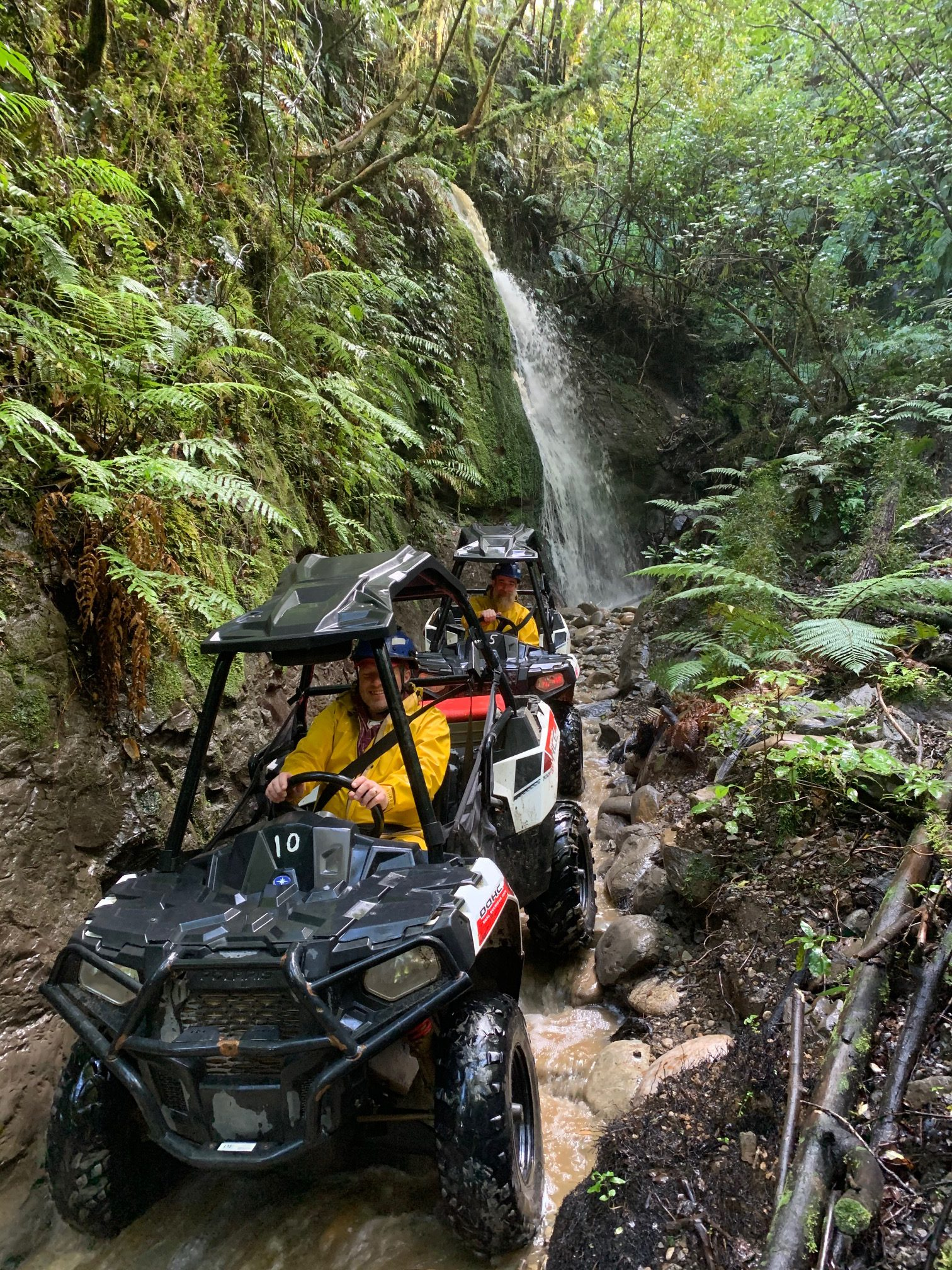 2 hour guided New Zealand 4×4 tour: Greymouth self drive offroad