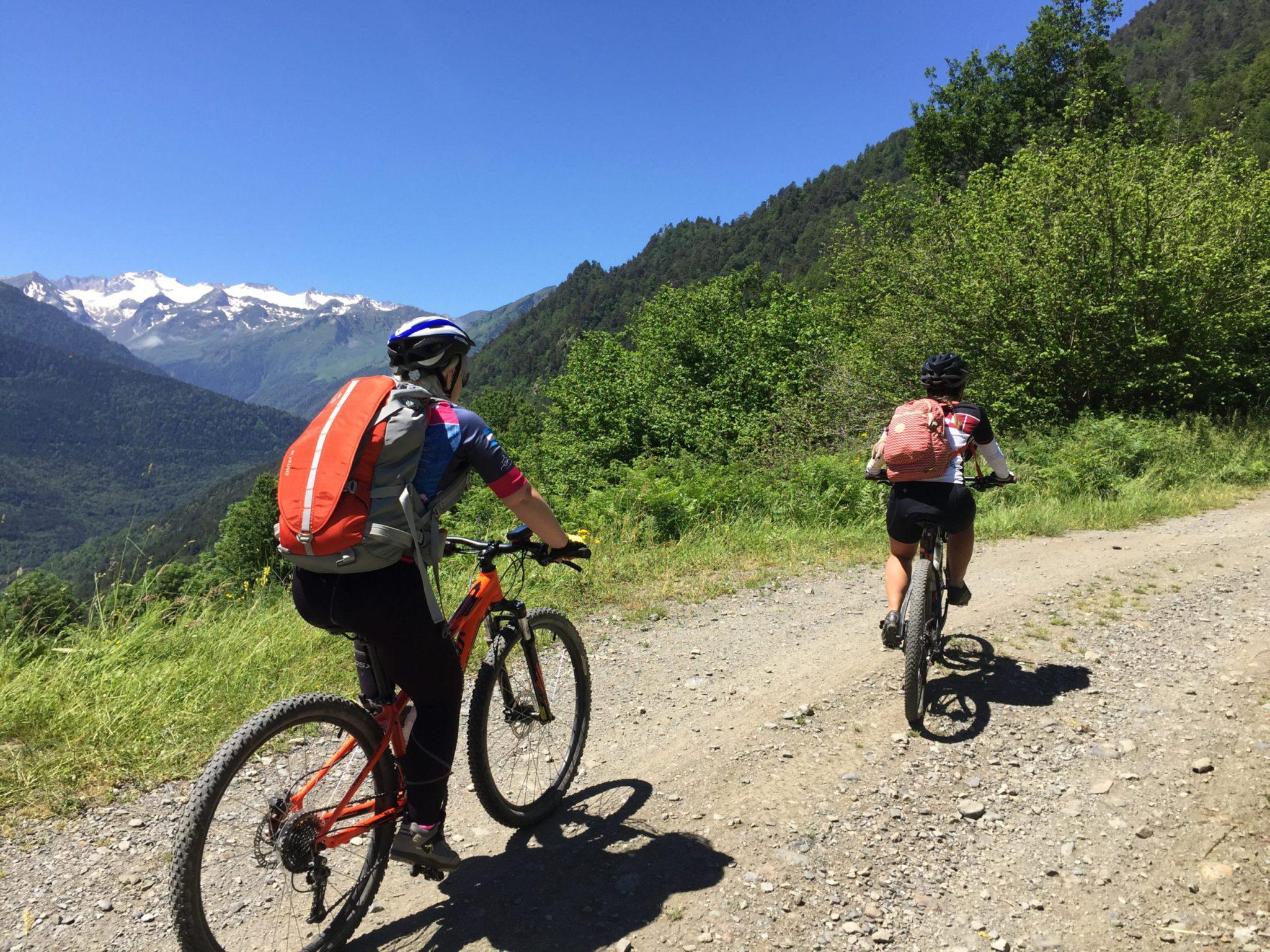 9 day Pyrenees mountain biking tour: MTB Spain to France