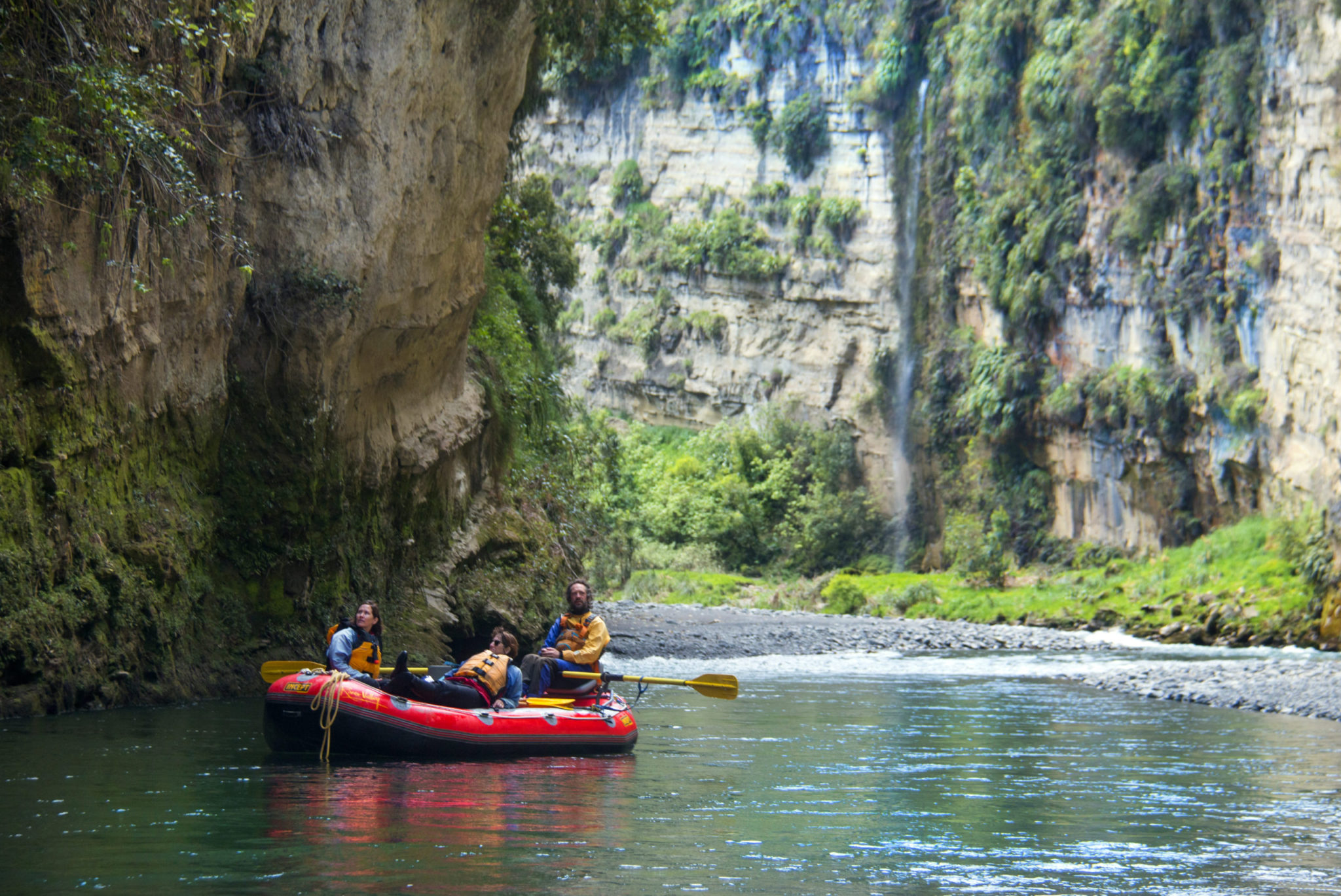 Full Day Scenic Rafting on the Rangitikei River in New Zealand