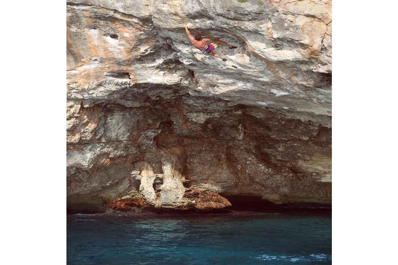 Spain DWS: Deep water solo climbing holiday in Mallorca