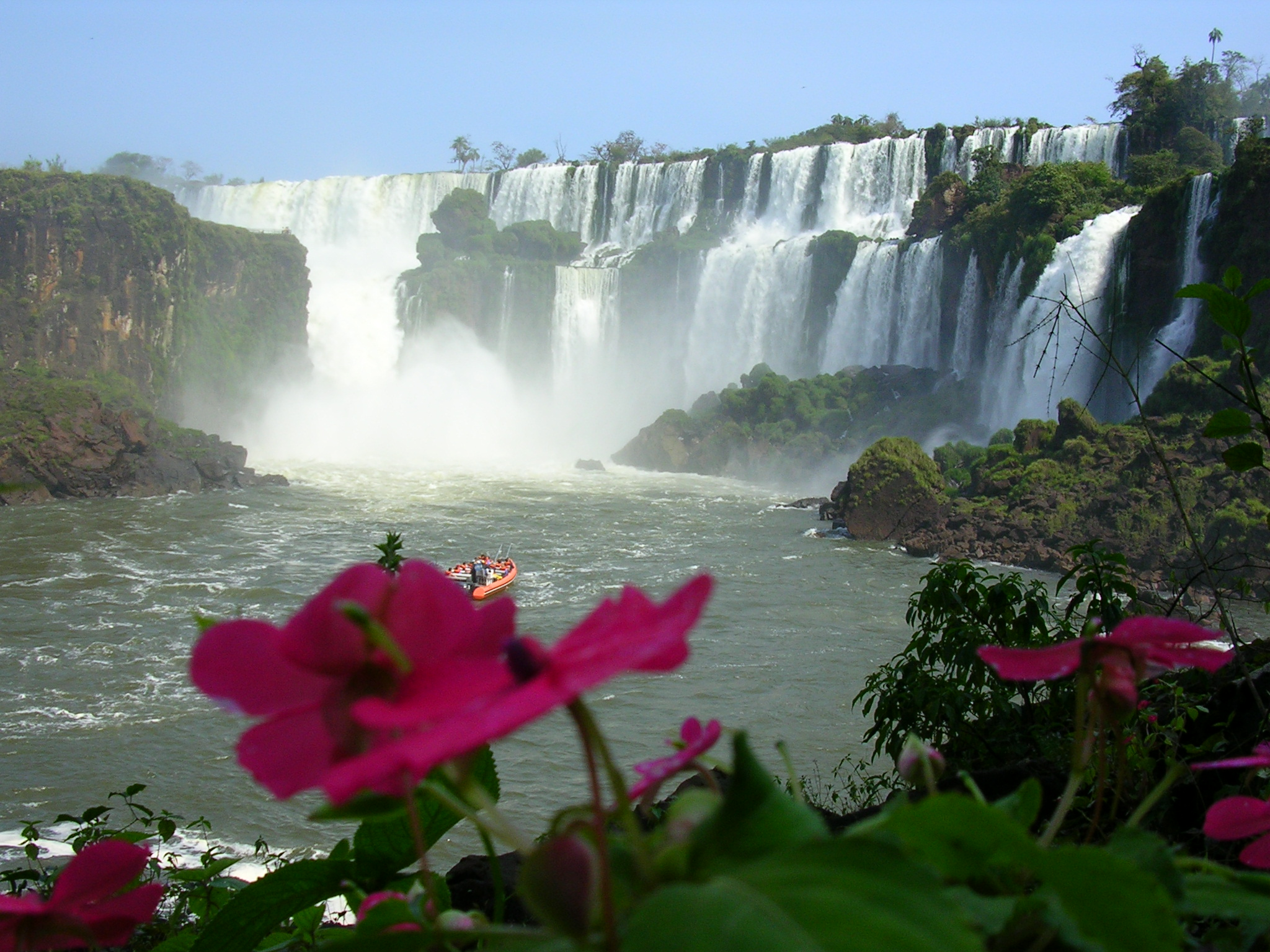 4 Day Iguassu Falls Trip: Brazil & Argentina Holiday Adventure