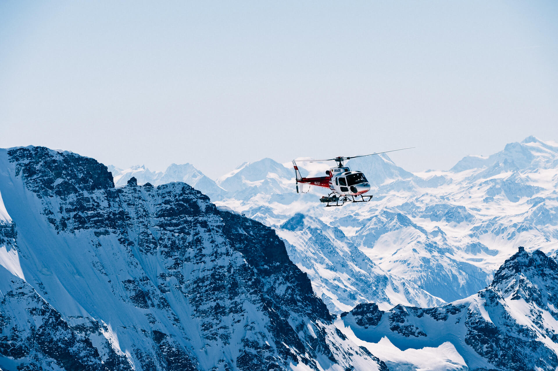 30 min Switzerland Scenic Helicopter Flight over the Jungfrau Region
