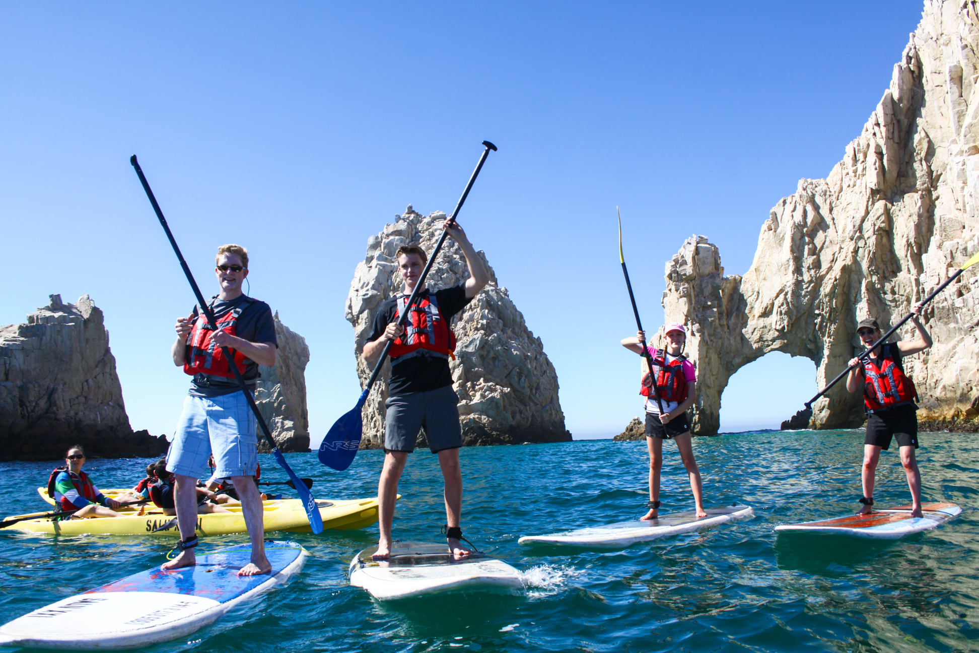 Private Los Cabos SUP tour: Paddleboard and snorkel the Arch