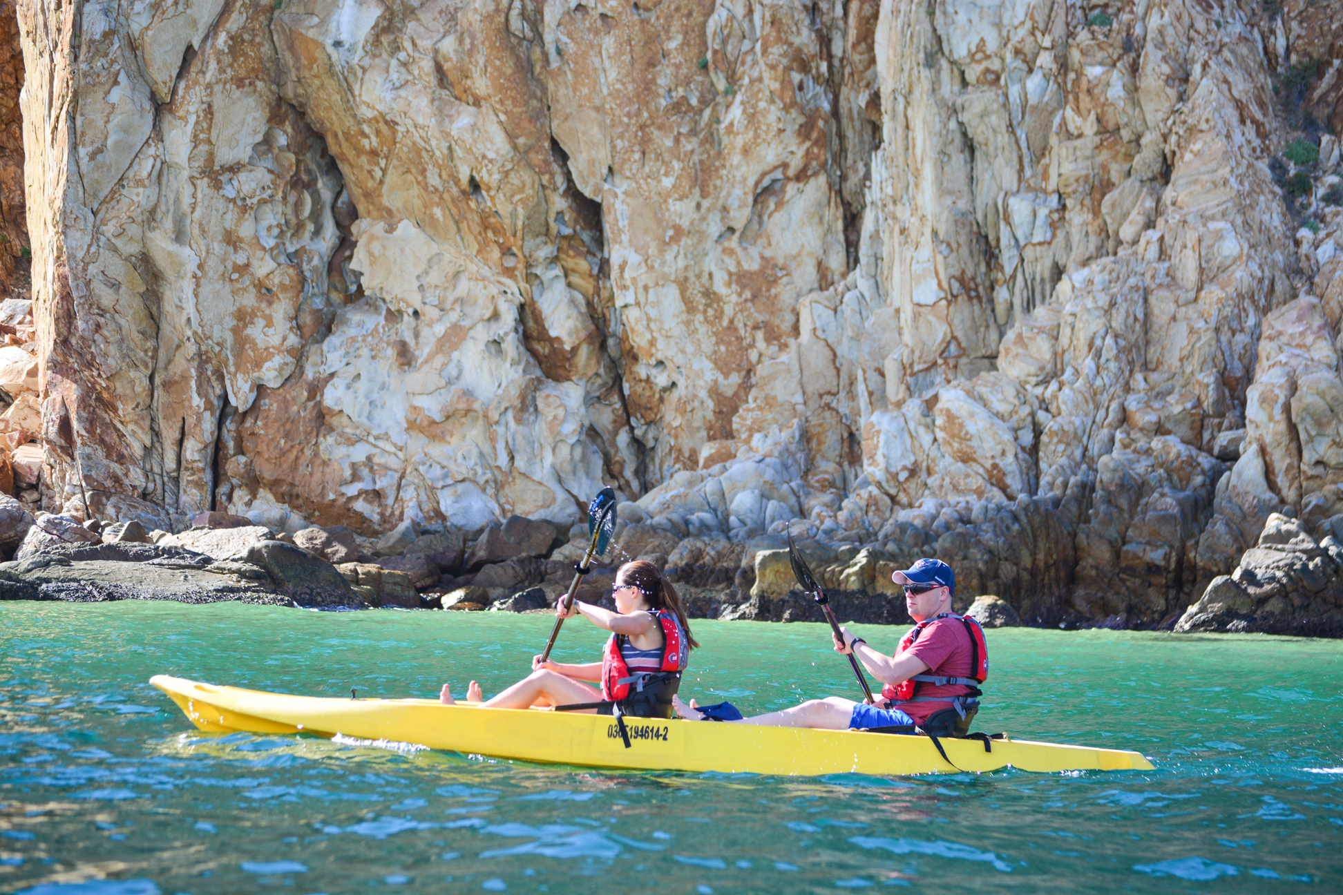 Playa del Amor and El Arco kayaking Sea of Cortez, Los Cabos