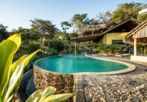 Nicaragua beginner surf holiday and Yoga holiday in Playa Maderas