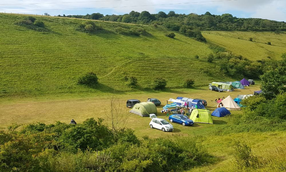 Alfriston campsite in Sussex. Essential basic camping gear: What do I need to camp?
