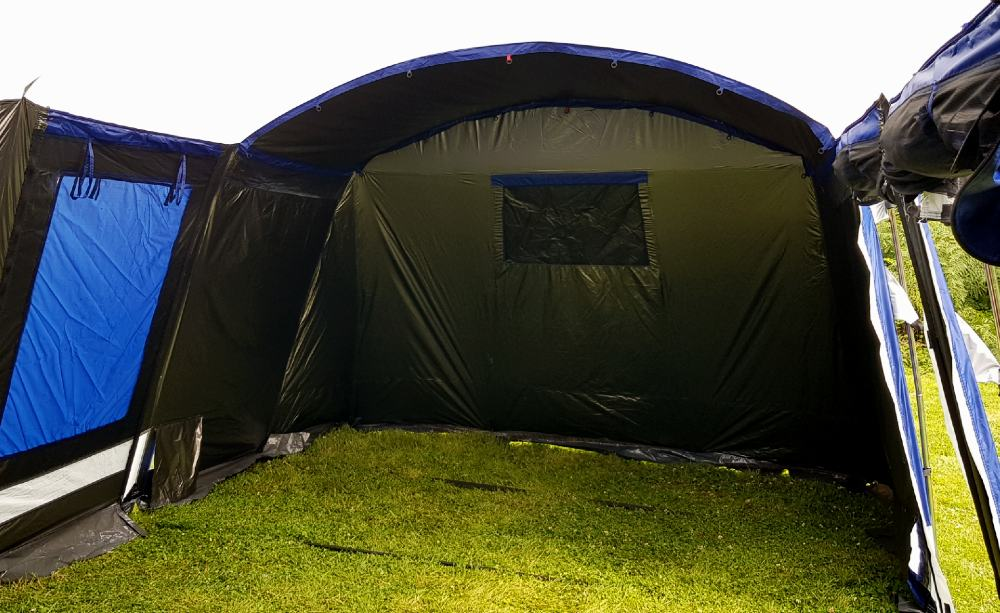 Montana sleeper large blackout tent by skandika