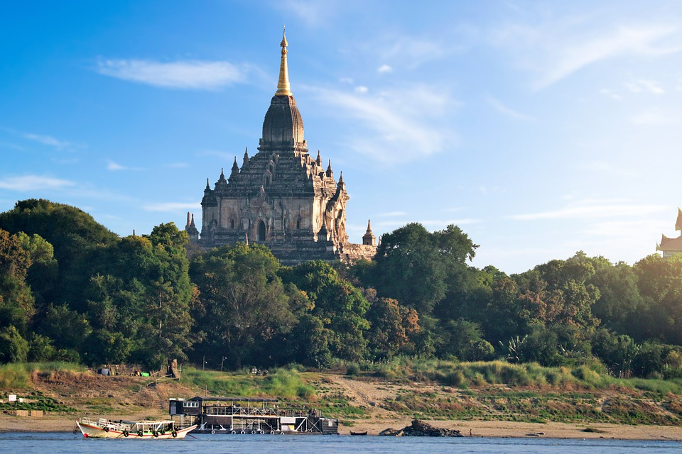 buddhist temple gawdawpalin,bagan, on irrawaddy Myanmer one of the best undiscovered adventure holidays Pixabay royalty free image