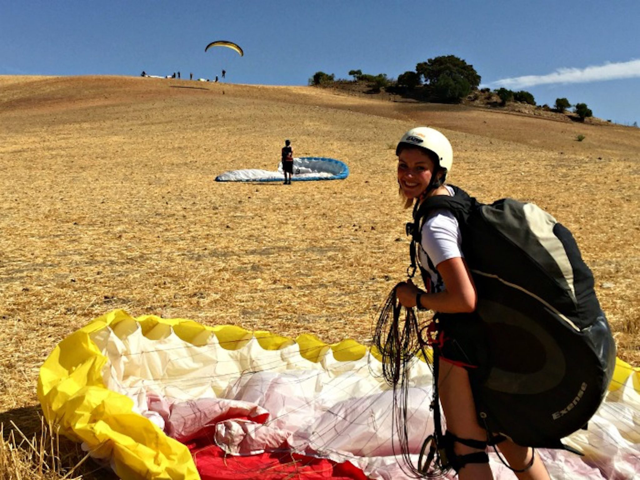 Beginners paragliding course in Spain: Learn to Paraglide
