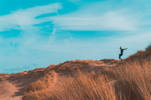 Hiking Formby sand dunes one of the best merseyside adventure sports Royalty free conor samuel from unsplash