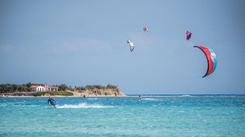 Greece beginner kitesurfing: Learn to kitesurf holiday in Lemnos