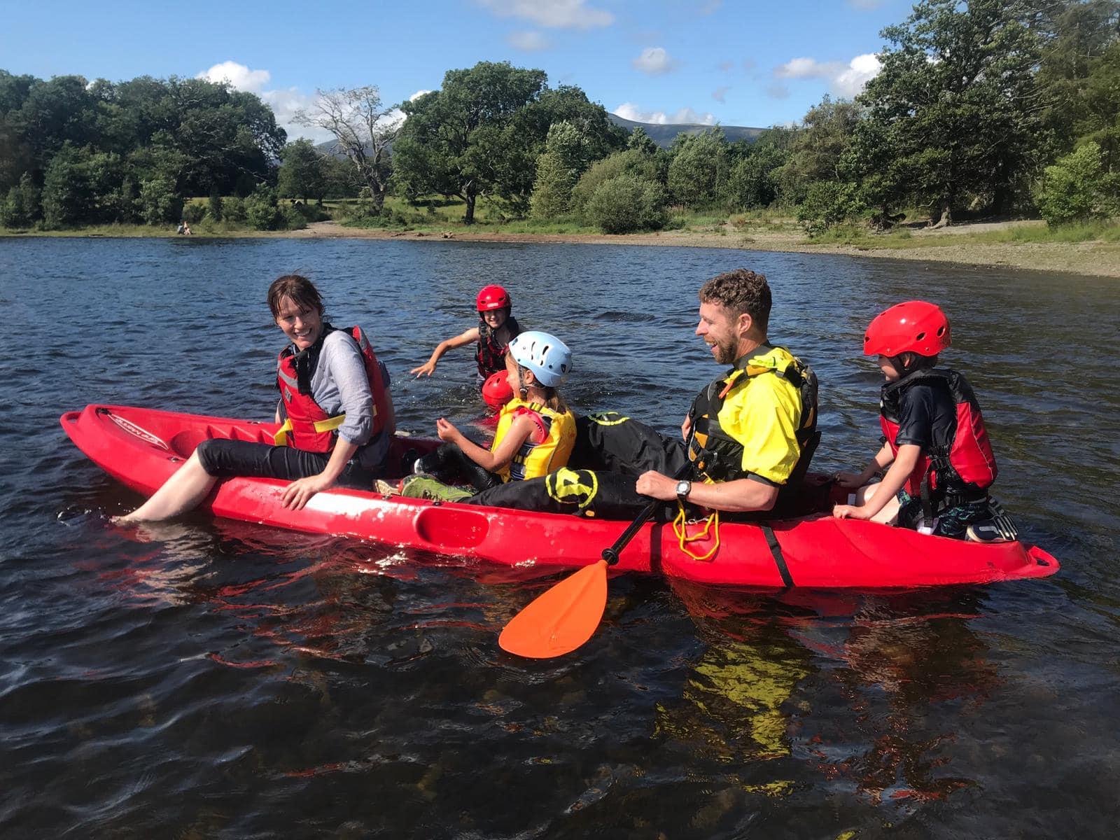 Lake district kayak expereince: Derwentwater kayaking day trip