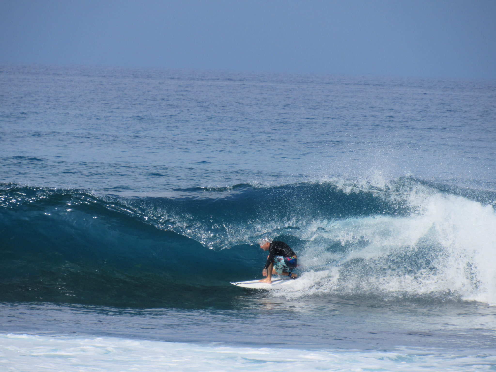Hawaii surfing experience in Kahalu'u Beach Park for all levels