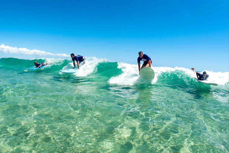 4 Week Surf Development Course near Sydney: Learn to Surf in Australia