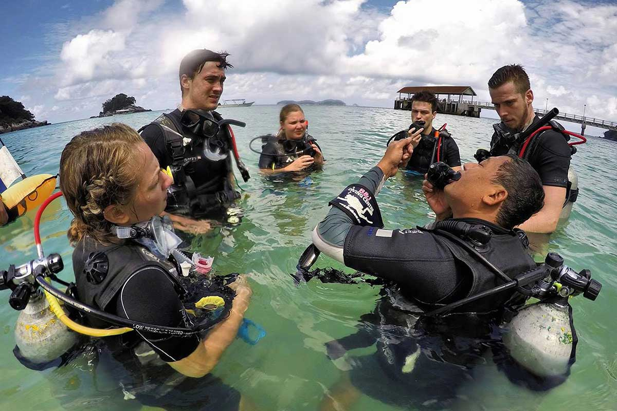 4D/3N Malaysia PADI Open Water diving course on Tioman Island