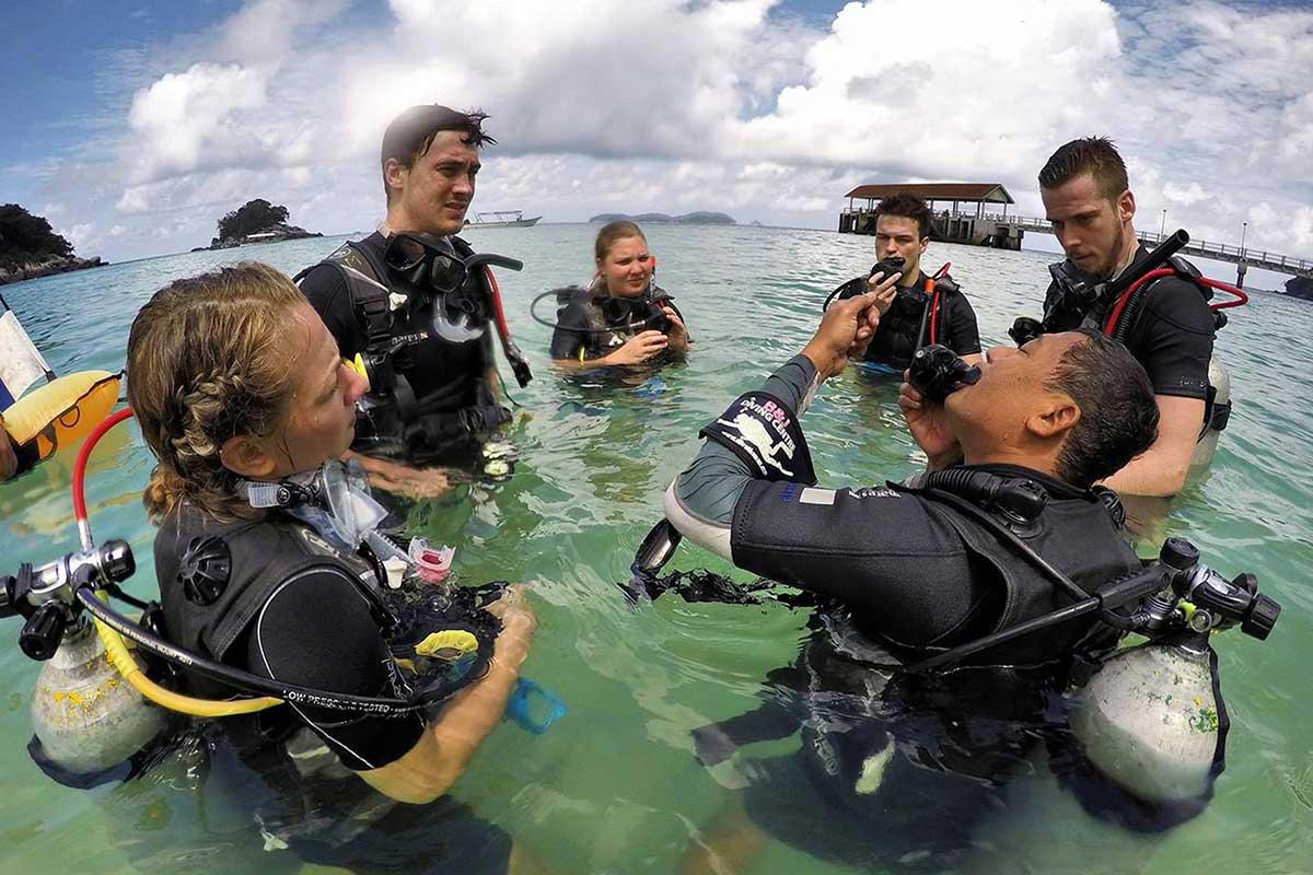 4D/3N Malaysia PADI Open Water diving course on Tioman Island